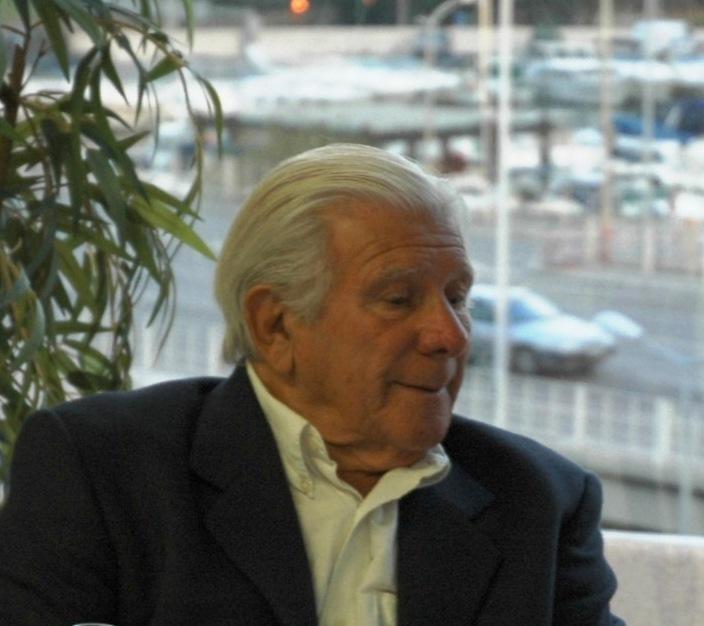 André Parégia